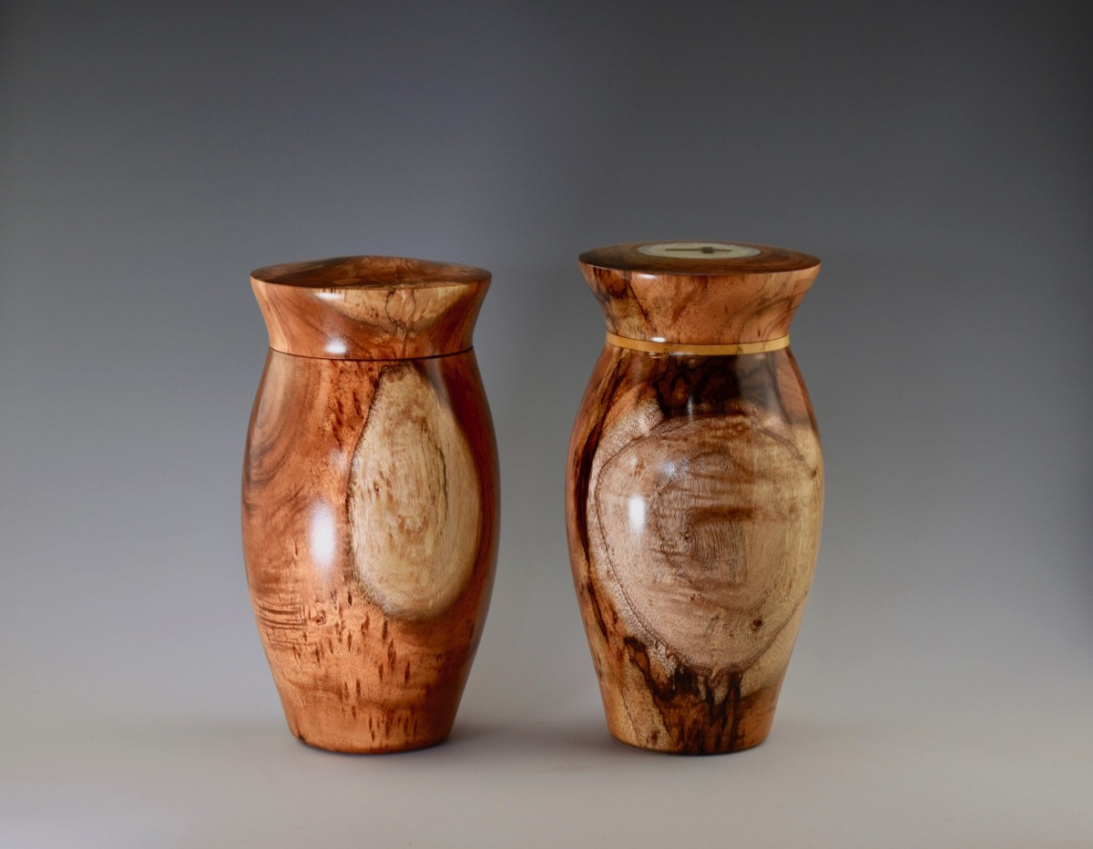 Beautiful Urns | Hawaiian Koa Gifts PD49